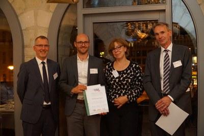 DHL Best Paper Award für Arne Heinold